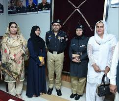 Transgender persons to get jobs in Sindh police