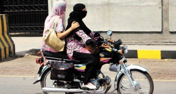 Girl opens bike driving school to empower women